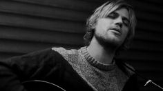 Johnny Flynn - Country Mile (acoustic)