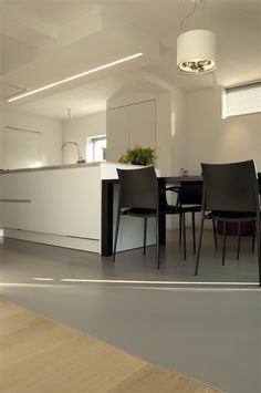 ROBAN SUSP. 3QR111 WHITE+CHROME #kitchen #pendantlight #TAL