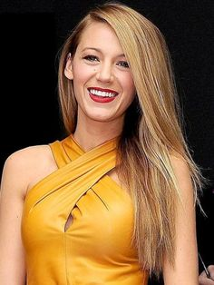 Side-Parted Blowout on Blake Lively
