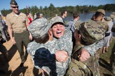 33 Powerful Photos Of Military Women Serving Their Country