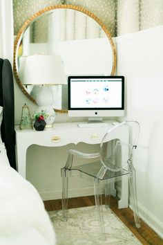 Little office space setup | theglitterguide.com