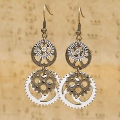 Steampunk Gear Vintage Earrings - Rebel Style Shop - 1 Plus Antique Earrings, Antique Jewelry, Vintage Jewelry, Handmade Jewelry, Diamond Earrings, Dangle Earrings, Silver Jewelry, Victorian Jewelry, Star Earrings