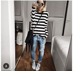 New Street Style Looks - Fashion Design Mode Outfits, Jean Outfits, Fall Outfits, Casual Outfits, Fashion Outfits, Fashion Ideas, Fashion Design, New Street Style, Looks Street Style