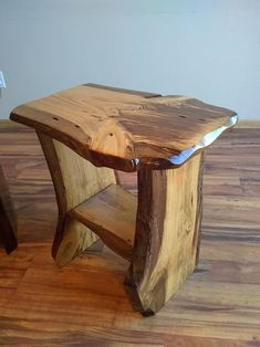 Rustic end table, night stand, rustic nightstand, wood table, live edge table Rustic End Tables, Rustic Chair, Small Tables, Wood Tables, Dining Tables, Live Edge Tisch, Live Edge Table, Log Furniture, Industrial Furniture