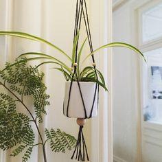 Tutoriel suspension pour pot de fleurs en macram femme2decotv plantes pinterest pots - Suspension pot de fleur macrame ...