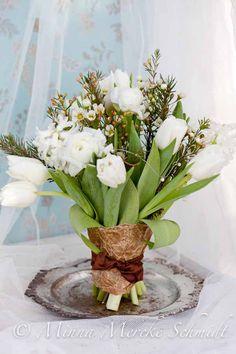 Vita julblommor | blomsterverkstad | Sköna Hem