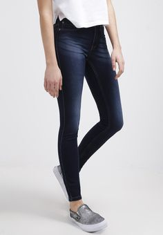Tolle #Jeans in Dunkelblau von #Only. Diese #klassische Jeans eignet sich super für jeden Tag. ♥ ab 26,20 €