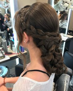 23 Cute Prom Hairstyles For 2019 Updos Braids Half Ups Down Dos- boho hairstyles prom boho hairstyles plaits Cute Up Hairstyles, Night Hairstyles, Boho Hairstyles, Latest Hairstyles, Straight Hairstyles, Short Haircut Styles, Long Hair Styles, Half Up Half Down Hair Prom, Cool Hair Color
