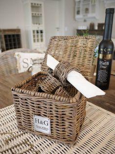 k-1008_0 Rattan, Paper Basket, The Hamptons, Picnic, House Styles, England, Garden, Shopping, Hampers