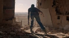 Mantra chronicles the dangerous obstacles refugees face on their journeys to reach safer harbors. Info on the shoot https://www.noisia.nl/2016/10/mantra-official-video Article…