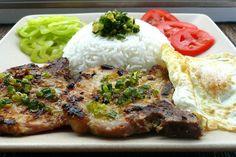 Vietnamese Grilled Lemongrass Pork Chops (Suon Nuong Xa) http://tianguyen.blogspot.com/2008/07/vietnamese-grilled-lemongrass-pork.html