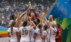 EM BUSCA DE DEUS: Campeãs do mundo, jogadoras da seleção dos EUA diz...