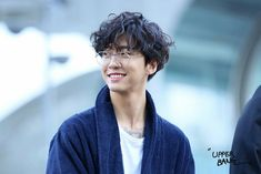 Image about kpop in bang yongguk 🐯 by 희망 ♡ on We Heart It Youngjae, Himchan, Kpop Hairstyle Male, Boy Hairstyles, B A P Yongguk, Rapper, Boys With Curly Hair, Best Abs, Bap