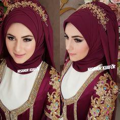 tesettür First Narration; Wedding Hijab Styles, Hijab Wedding, Muslimah Wedding Dress, Bridal Hijab, Muslim Wedding Dresses, Hijab Bride, Muslim Brides, Muslim Girls, Muslim Fashion