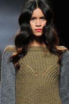 Fotos de Detalles | Sita Murt, pret a porter, otoño/invierno 2013-2014, Mercedes-Benz Fashion Week Madrid Otoño Invierno 2013/2014 Mercedes-Benz Fashion Week Madrid | 1 de 33 | Vogue