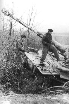 Tiger I heavy tank - Russia spring 1943