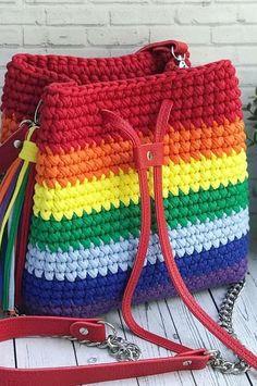 Latest Fashion Crochet Handmade Handbag Knitting Recommendations 30 Free Idea New 2019 – Page 28 of 30 – clear crochet – Knitting patterns, knitting designs, knitting for beginners. Free Crochet Bag, Mode Crochet, Crochet Market Bag, Crochet Bags, Crochet Handbags, Crochet Purses, Purse Patterns, Knitting Patterns, Loom Knitting