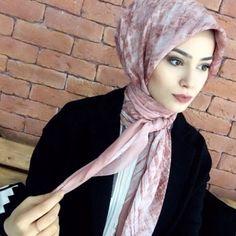 Muslim Fashion, Hijab Fashion, Fashion Outfits, Big Fashion, Denim Fashion, Hijab Collection, Baggy Clothes, Moda Emo, Hijabi Girl