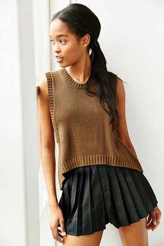 Mouchette High/Low Muscle Sweater - Urban Outfitters