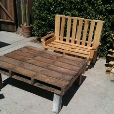 Loveseat n table all made from pallets..