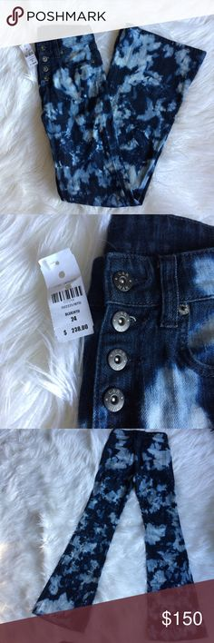 Bleach dye carmar denim Button fly bleach dyed carmar denim by LF bell bottom high waist NWT LF  Jeans Flare & Wide Leg
