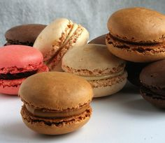 Making French Macarons: Instructions and Recipes #macarons