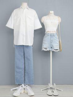 Fashion Couple, Cute Fashion, Vogue Fashion, Korean Outfit Street Styles, Korean Outfits, Kpop Outfits, Casual Outfits, Fashion Outfits, Ulzzang Fashion
