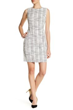 Sleeveless Textured Sheath Dress (Petite)
