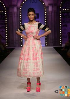 #wifw #fdci #aliabhatt #masabagupta #indianfashion #fashionweek #delhitrends #womensfashion #trendy #cool