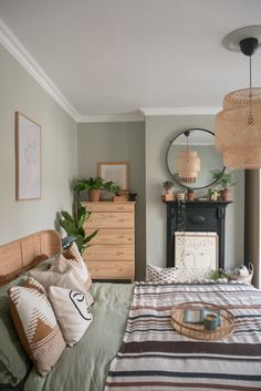 Making the most of a bedroom with chimney breast, fireplace and alcoves is a case of choosing the right storage pieces and accessories Modern Rustic Bedrooms, Room Ideas Bedroom, Bedroom Makeover, Bedroom Green, Room Inspiration, Room Decor Bedroom, Sage Green Bedroom, Rustic Bedroom, Aesthetic Bedroom