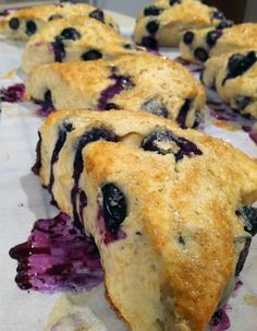 Delicious low calorie Blueberry Scones, only 196 calories each! (as opposed to 460 at Starbucks)