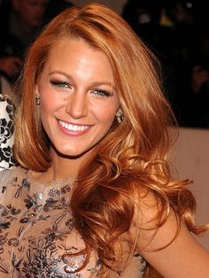 Blake Lively's auburn Tint    Green Lantern starlet, and Leonardo DiCaprio's current squeeze, recently swapped her sunny Californian blonde hair for a more  sexy auburn shade!