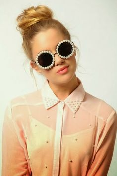 How to Chic: PEARL SUNGLASSES