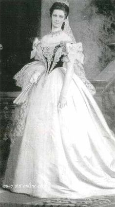 H αυτοκράτειρα Ελισάβετ την ημέρα της στέψης της ως βασίλισσας της Ουγγαρίας (8 Ιουνίου 1867)
