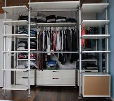 see how much storage left at top for big boxes, to hold things rarely used, like spare duvet Stolmen Ikea, Hackers Ikea, Walk In Closet, Duvet, House, Closet Ideas, Storage, Bedroom Ideas, Big