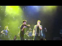 Darren Criss Tackles Joe Walker - YouTube