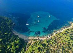 Photo: La Croix-Valmer Tourisme Saint Tropez, Port Cros, La Croix Valmer, Pin Maritime, Destinations, Nature Sauvage, Le Cap, Parc National, Provence France