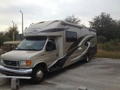 2007, Four Winds Chateau Excellent Condition! 485 Ford Engine - Gasoline, 3 Slides, Self-Contained. Call Lou for more information. - See more at: http://www.rvregistry.com/used-rv/1003753.htm#sthash.Lx1fiTCk.dpuf