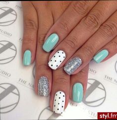 49 Summer Nails Colors And Manicures Short Nails Art Ideas Choose nail designs that best describe your dynamic personality and let this season be unique and unforgettable! There are all types of nail art designs, nail colors Nail Art Design Gallery, Best Nail Art Designs, Nail Designs Spring, Teen Nail Designs, Nail Art Ideas For Summer, Cute Nails For Spring, Cute Easy Nail Designs, Nail Designs Summer Easy, Striped Nail Designs