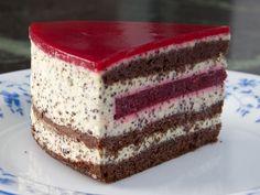 Mohn-Torte mit Sauerkirschglasur