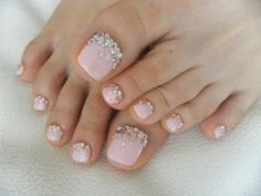 Ideas For French Pedicure Designs Nailart Pedicure Nail Art, Toe Nail Art, Pedicure Ideas, Glitter Pedicure, White Pedicure, Nail Ideas, Toe Nail Designs, Nail Polish Designs, Gel Polish