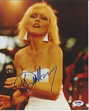 DEBBIE HARRY Signed BLONDIE CONCERT 8 x10 PHOTO with PSA/DNA COA