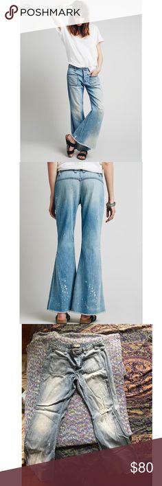 ✨Free People ✨Morrison Washed Flares🌞 vintage / seventies inspired Morrison Washed Denim Flares from Free People. Super soft denim & runs on the larger side. Love these beauties, their lived in style makes them both super stylish yet super comfy. Unfortunately they've gotten too big for me. Only worn gently once or twice/ great condition! Size 29. Sold out/ super hard to find✨✨✨ Free People Jeans Flare & Wide Leg