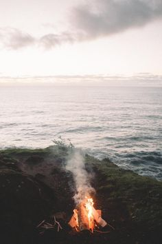 earth-dream:Camping On The Edge Of The World