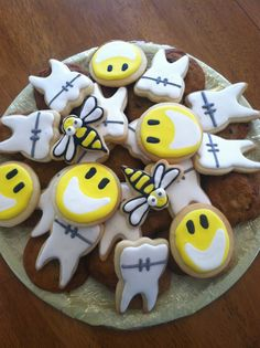 Teeth and braces cookies from busybeescookies.com
