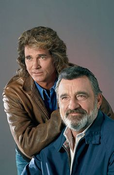 Michael Landon as Jonathan Smith Victor French as Mark Gordon Michael Landon as Jonathan Smith Victo Michael Landon, Michael Jackson, Celebrity Hair Stylist, Celebrity Moms, Twin Peaks Tv, Ariana Grande Boyfriend, Victor French, Jonathan Smith, Megan Fox Photos