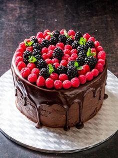 Chocolate Drip Cake (recipe in German)