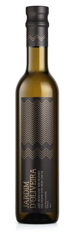 cg graphics, 3D visualization, render, organic, olive, oil, bottle, design, package, jardim, food