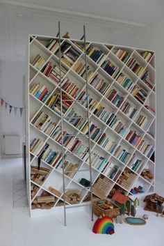 Love this bookcase!!!!