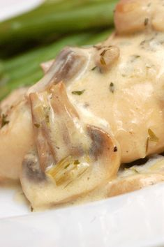 Chicken Breasts with Mushrooms & Cream from Julia Child's Mastering the Art of French Cooking, Vol. -Probably the best chicken I've ever had. Turkey Dishes, Turkey Recipes, Chicken Recipes, Recipe Chicken, Chicken Sauce, Baked Chicken, My Favorite Food, Favorite Recipes, Good Food
